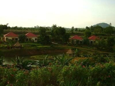Hotels in Pailin