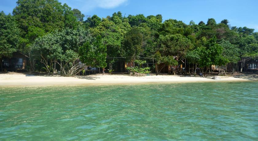 Koh Kong Island Resort By Koh Kong Bay Cambodia Tourist